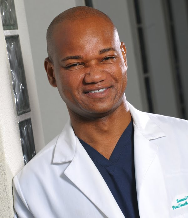 Dr. Sanusi Umar dermatologist in los angeles